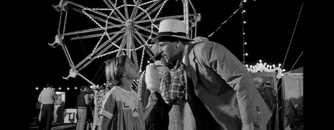1973's 'Paper Moon' features real-life father and daughter Tatum and Ryan O'Neal. His character spends the entire film denying he's her biological father, even as the cross the Dust Bowl running cons on country folk and warming to each other.