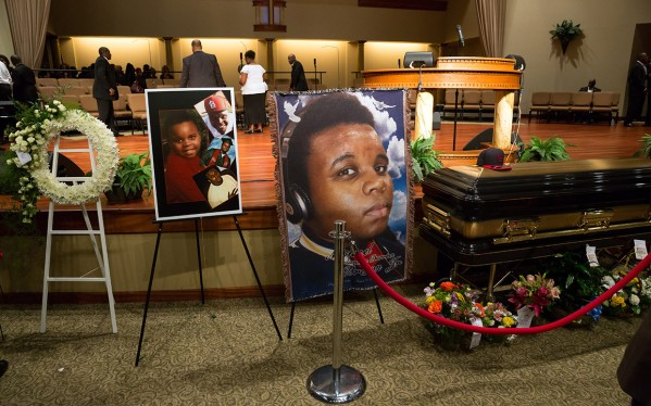 michael-brown-funeral-inside-church-ctr
